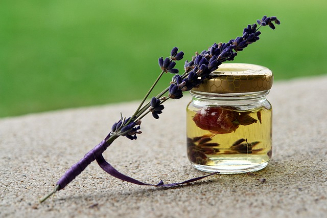 The Best Essential Oils and Scents for Aromatherapy Massage